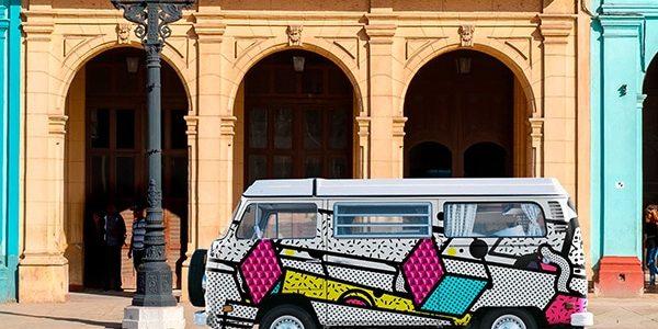Adhésif numérique sur voiture coloré VAN Volswagen - Signa France
